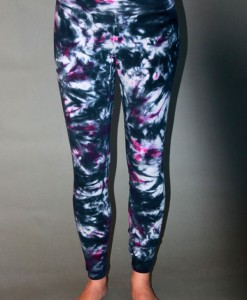 Organic Cotton Yoga Legging - Black/Fuchsia Tie-dye
