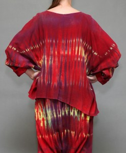 Tie-Dye Gauze Scoop Neck Yoga Top - Red/Yellow Tie-dye